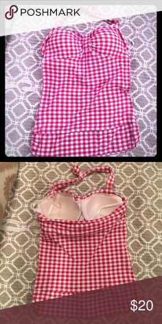 Plaid halter top Built in bra. Tops