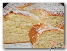 Měkoučká domácí vánočka | NejRecept.cz Healthy Dessert Recipes, Baking Recipes, Cake Recipes, Unique Recipes, Sweet Recipes, Cream Cheese Kolache Recipe, Czech Desserts, German Bakery, Sweet Dough