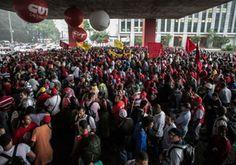 CUT e MTST realizam 'Ato Contra a Direita' em São Paulo | #CUT, #Direita, #Fascistas, #MTST, #Semteto