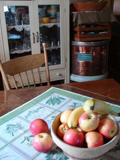 fruit bowl and pie safe 2005, via Flickr.