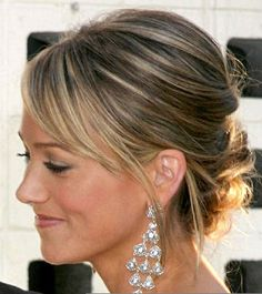 THE hairstyle picture that I bring with me to the salon every time I want a side swept bang Formal Hairstyles, Celebrity Hairstyles, Wedding Hairstyles, Christine Taylor, Side Buns, Side Swept Bangs, Prom 2015, Wedding Inspiration, Wedding Ideas