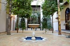 L'un des patios du Riad Fés. Riad Fes, Le Riad, Outdoor Decor, Home Decor, Courtyards, Morocco, Decoration Home, Room Decor, Home Interior Design