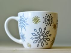Starbucks Snowflake Coffee Mug Cup 2009 16 Oz. Gold & Silver