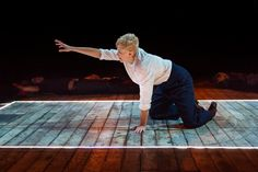 Hamlet 9 credit Jonathan Keenan