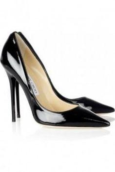 black stilettos - shoe trends.