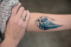 These Watercolor Tattoos Are The Prettiest Things You'll See All Day - Watercolor Tattoos – Minimalist Tattoo Design Trend - Finger Tattoos, Body Art Tattoos, Water Tattoos, Tatoos, Mini Tattoos, Piercing Tattoo, Piercings, Disney Tattoos, Tattoos For Women