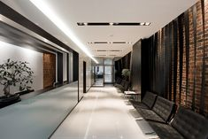 Image 1 of 41 from gallery of Brighton Implant Clinic / Pedra Silva Architects. Photograph by Joao Morgado Medical Office Design, Dental Office Design, Healthcare Design, Shop Interiors, Office Interiors, Interior Office, Interior Design, Room Interior, Design Design