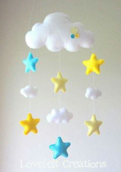 Baby mobile – Stars mobile – Cloud Mobile – Baby Mobile Cloud Stars – My All Pin Page Baby Crafts, Felt Crafts, Diy And Crafts, Craft Projects, Sewing Projects, Star Mobile, Cloud Mobile, Diy Y Manualidades, Felt Decorations