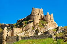 The ancient Uratian iron age fortress of Van, Van, Turkey. Built between 9th and 7th centuries BC. Astrogeographic position: located in the highly magnetic, attractive, royal fire sign Leo sign of the Sun and indicator for the seat of a king. 2nd coordinate in highly alert, defensive, male fire sign Aries indicator for strongholds, warriors and warfare. Field level 3.
