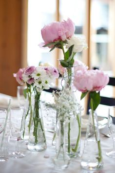 pretty and simple flower decoration