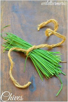 8 Top Medicinal Uses Of Chives For Skin, Hair & Health | wildturmeric