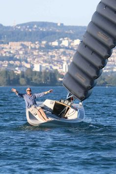 If you love to work with your hands, have basic carpentry skills and love the water, you should consider building your own boat. Building your own boat can save you lots of money. Yacht Design, Boat Design, Sailing Catamaran, Sailing Ships, E Boat, Classic Yachts, Yacht Interior, Boat Stuff, Small Boats