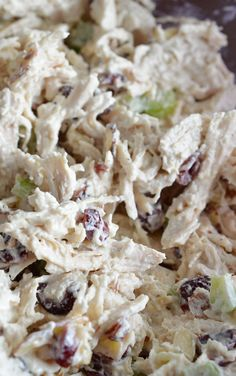 Cranberry Almond Chicken Salad Recipe - This easy chicken salad is satisfying and full of flavor! Serve with rice for a filling lunch. LunchWithMinute AD @minutericeus