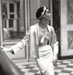 Photo Frances McLaughlin Gill, Dior, 1950