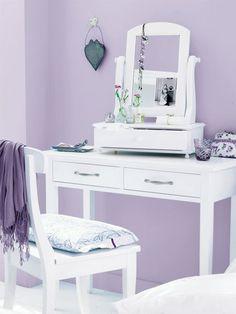 welche farben passen zu flieder und lila farbpalletten pinterest flieder lila und farben. Black Bedroom Furniture Sets. Home Design Ideas