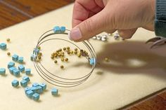 Ven a #Expominer2015 y descubre un taller para iniciarte en el mundo del Alambrismo, con el que disfrutarás creando tus propias piezas de bisutería trabajando con #PiedrasNaturales #Handmade