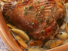 Roast pork from the Römertopf - smarter - time: 40 min. Healthy Summer Recipes, Super Healthy Recipes, Rib Recipes, Dog Food Recipes, Pork Roast In Oven, Key Food, Grain Foods, Morning Food, Different Recipes