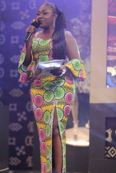 Hottest Photos of Emefa Akosua Adeti in African Prints - Wedding Digest Naija Short African Dresses, African Inspired Fashion, Latest African Fashion Dresses, African Print Dresses, African Print Fashion, Africa Fashion, African Prints, African Fashion Traditional, Ankara Gown Styles