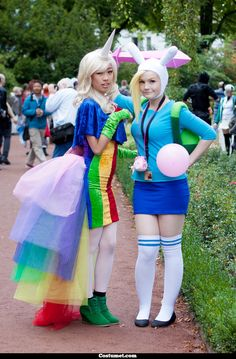 This is me as Fionna from Adventure Time together with a good friend as Lady Rainicorn This foto was taken by Tengu on connichi 2013 Cosplay Outfits, Cosplay Girls, Cosplay Costumes, Cosplay Ideas, Amazing Cosplay, Best Cosplay, Halloween Cosplay, Halloween Costumes, Halloween 2020