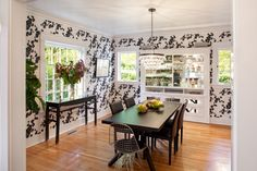 Featured on Houzz today! Case Study: Wallpaper in Just About Every Room. Contemporary dining room designed by Vanillawood, photographed by Josh Partee Black And White Dining Room, Dining Room Wallpaper, Dining Room Design, Dining Rooms, Contemporary Home Decor, Custom Home Builders, Building Design, Home Remodeling, Living Room Decor