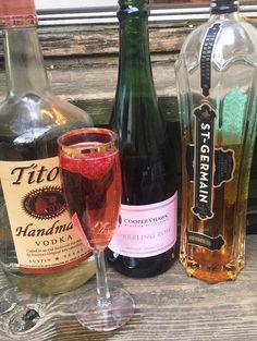 Sparkling Spring Fizz Vodka, St Germain, rosé on the blog