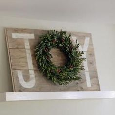 Give your home a warm and cozy rustic makeover with these DIY Christmas decor ideas. There are over a hundred ideas for indoor and outdoor Christmas decorations. From wood finishes and burlap accents to natural elements, your home will be filled with traditional, rustic Christmas charm without breaking the bank. Rustic Christmas Wall Art Winter …