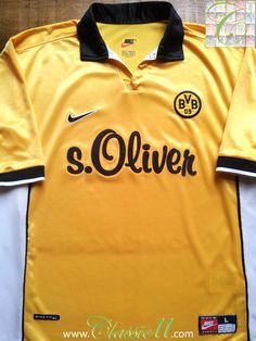 Relive Borussia Dortmund's 1998/1999 season with this vintage Nike home football shirt.