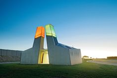 In the Geelong Ring Road Rest Areas, BKK Architects investigates how public amenities can function as a civic gateway.