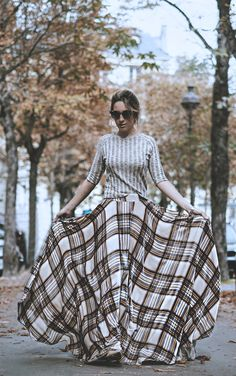 VELVET MAXI SKIRT IN PARIS  Street style look with plaid skirt and knit top by fashion blogger Monica Sors