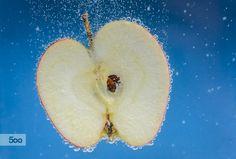 Apple by Laurens Kaldeway on 500px