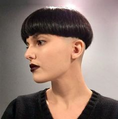 Short Wedge Hairstyles, Short Bob Haircuts, Girl Hairstyles, Girl Undercut, Short Hair Cuts, Short Hair Styles, Bowl Haircuts, Shaved Nape, Bald Hair