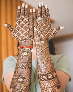 The trend of groom mehndi is taken from India. You people found unique,easy and beautiful Groom Mehndi Designs. New Bridal Mehndi Designs, Unique Mehndi Designs, Beautiful Henna Designs, Latest Mehndi Designs, Mehndi Designs For Hands, Beautiful Mehndi, Wedding Designs, Wedding Ideas, Mehndi Desing