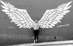 Wings Sketch, Wings Drawing, Wall Drawing, Murals Street Art, Street Art Banksy, Wings Graffiti, Graffiti Wall Art, Wall Murals, Angel Wings Art