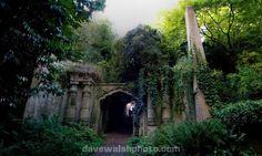 Entrace to the Circle of Lebanon, Highgate Cemetery London Highgate Cemetery London, Abandoned Churches, Male Figure, Bury, Famous People, Douglas Adams, Karl Marx, Places, Long Black