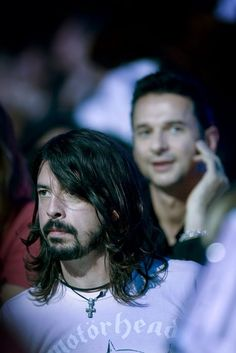 Dave Gahan (and Dave Grohl in the foreground lol!)