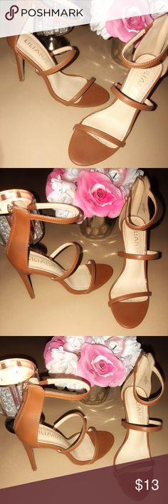 Brown heels Brown heels worn a couple of times but in great condition:)💖MAKE AN OFFER💖 Liliana Shoes Heels