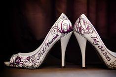 Unique wedding idea: this bride had her pair of shoes custom drawn.