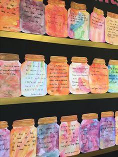 BFG Dream Jar display activity to use with The BFG by Roald Dahl. School Displays, Classroom Displays, Art Classroom Jobs, Bfg Activities, Roald Dahl Activities, Teaching Reading, Teaching Art, Bfg Dream Jars, Roald Dahl Day