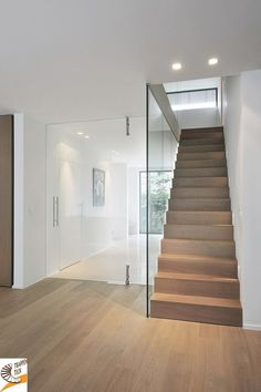 How to choose and buy a new and modern staircase – Modern Home Interior Stairs, Home Interior Design, Interior Architecture, Interior Decorating, Style At Home, Modern Stairs, Staircase Design, Staircase Ideas, Hallway Ideas
