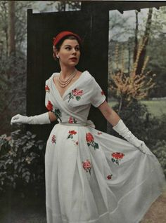 Dior dress, L'Officiel de la Mode, 1953.