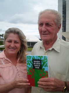 Brasil EcoNews: Sr. Amandio Micolino, reflorestador ecológico, res...
