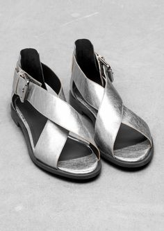 Flat Leather Sanda With Silver Foil Print
