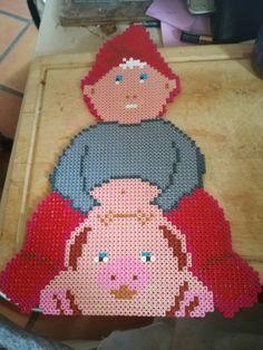 Engle, Trap, Christmas Cross, Bead Crafts, Plastic Canvas, Perler Beads, Cross Stitch Patterns, Crochet Hats, Kids Rugs