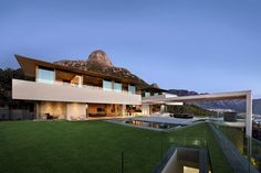 Cape Town's Latest Architectural Beauty, OVD 919 by Saota
