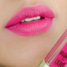Pixi by Petra MatteLast Liquid Lip in Prettiest Pink lip swatch and review. Pixi Beauty Prettiest Pink. Liquid lipstick lip swatch