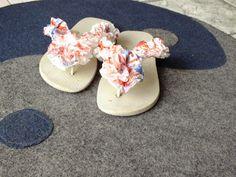 Eco Arte-Lia Batista: Eco-sandália decorada com sacolas plásticas e esma...
