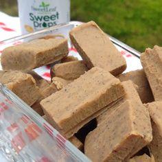 """Opskrift på hjemmelavede English Toffe Fudge """"flødekarameller"""", fristende og sukkerfrie (sødet med Sukrin Gold og Stevia Sweet Drops) treats til dig, der spiser low carb / LCHF på CDJetteDCs LCHF"""