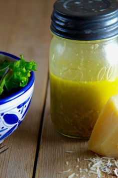 Fresh homemade Parmesan Lemon Vinaigrette is such an easy recipe. Make it and shake it in a mason jar! A tasty salad dressing recipe made in minutes with fresh ingredients. You'll love this delicious, healthy salad dressing recipe (lemon salad dressi Lemon Salad Dressings, Lemon Vinaigrette, Keto Salad Dressing, Dressing Recipe, Lime Dressing, Ranch Dressing, Healthy Salad Recipes, Low Carb Recipes, Delicious Recipes