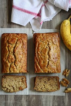Gluten-Free Lightened Up Banana Nut Bread This banana bread is moist and delicious, you can't tell it's LIGHT or gluten-free! Gluten Free Banana Bread, Gluten Free Baking, Gluten Free Desserts, Gluten Free Recipes, Dessert Recipes, Paleo Banana Nut Bread Recipe, Bread Recipes, Breakfast Recipes, Gluten Free Foods