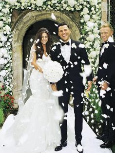 Mark Wright and Michelle Keegan got married. Her marriage was held in front of family and friends located at Hengrave Hall estate in Suffolk. Do you want to know Michelle Keegan dress for wedding? Wedding Dress Pictures, Wedding Pics, Wedding Bells, Wedding Styles, Dream Wedding, Wedding Dresses, Wedding Ideas, Cuba Wedding, Church Wedding